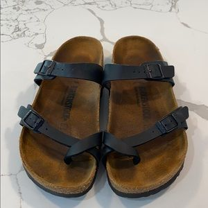 Birkenstock's black womens 39 sandals NICE!